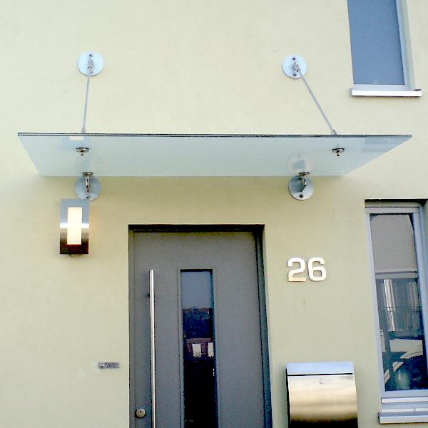 individuelle vordachsysteme haus glastechnik. Black Bedroom Furniture Sets. Home Design Ideas